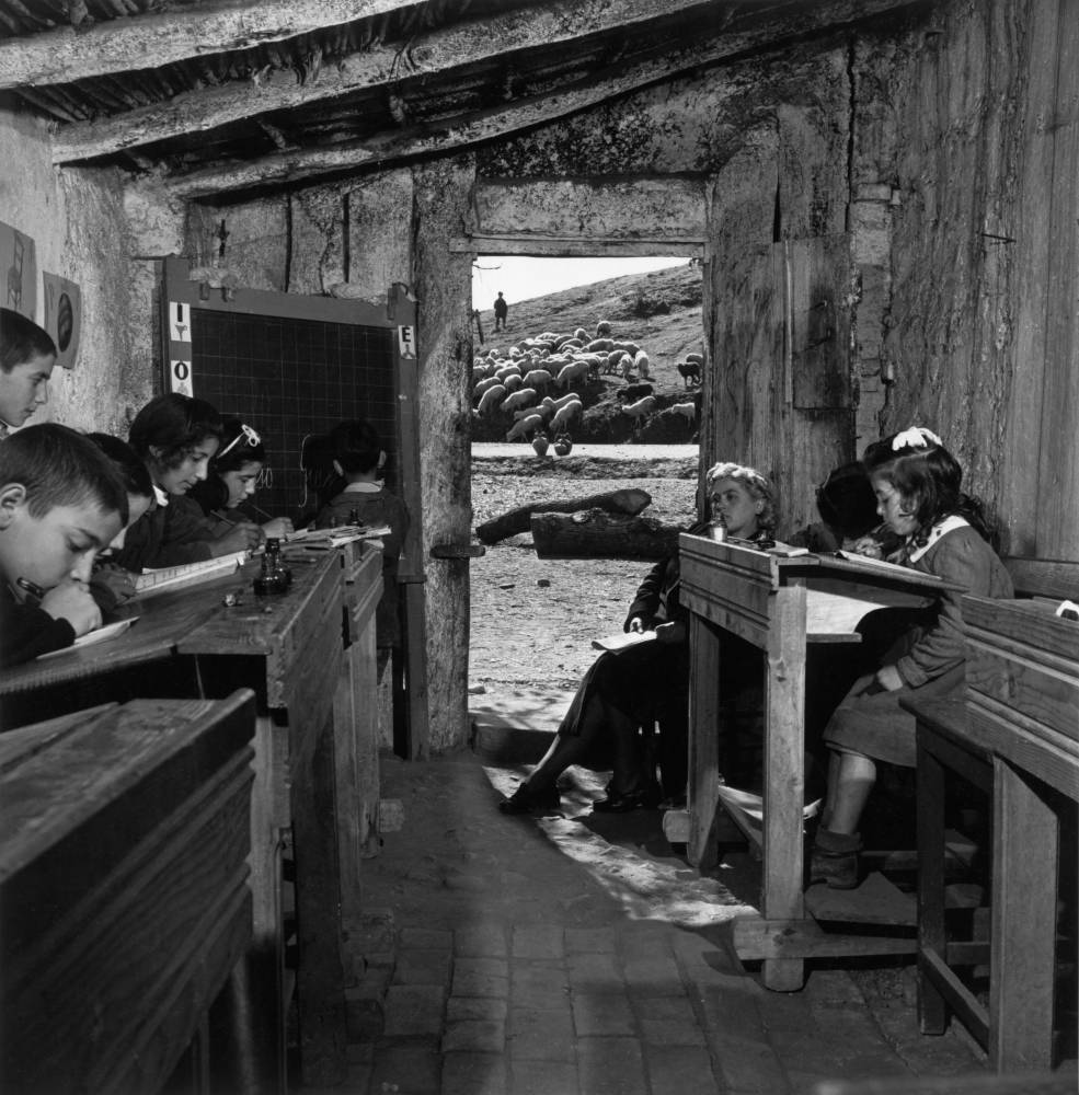 David Seymour 1950 Italy. 1950. Inside a school in Cimino, near the village of San Marco Argentano, Cosenza